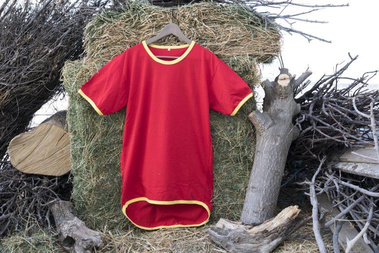 ShearingTShirts camiseta manga corta rojo con faldón